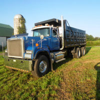 1986 Mack R.W. 713 Superliner