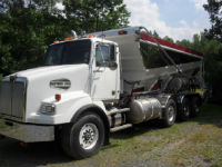 2006 Western Star 4900SA, (Stone Slinger) Conveyor Placement Truck